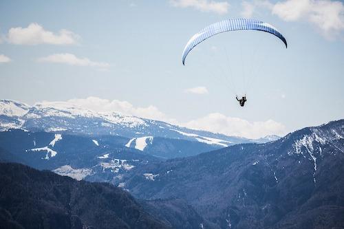 Quelles sont les contre-indications au saut en parachute ?